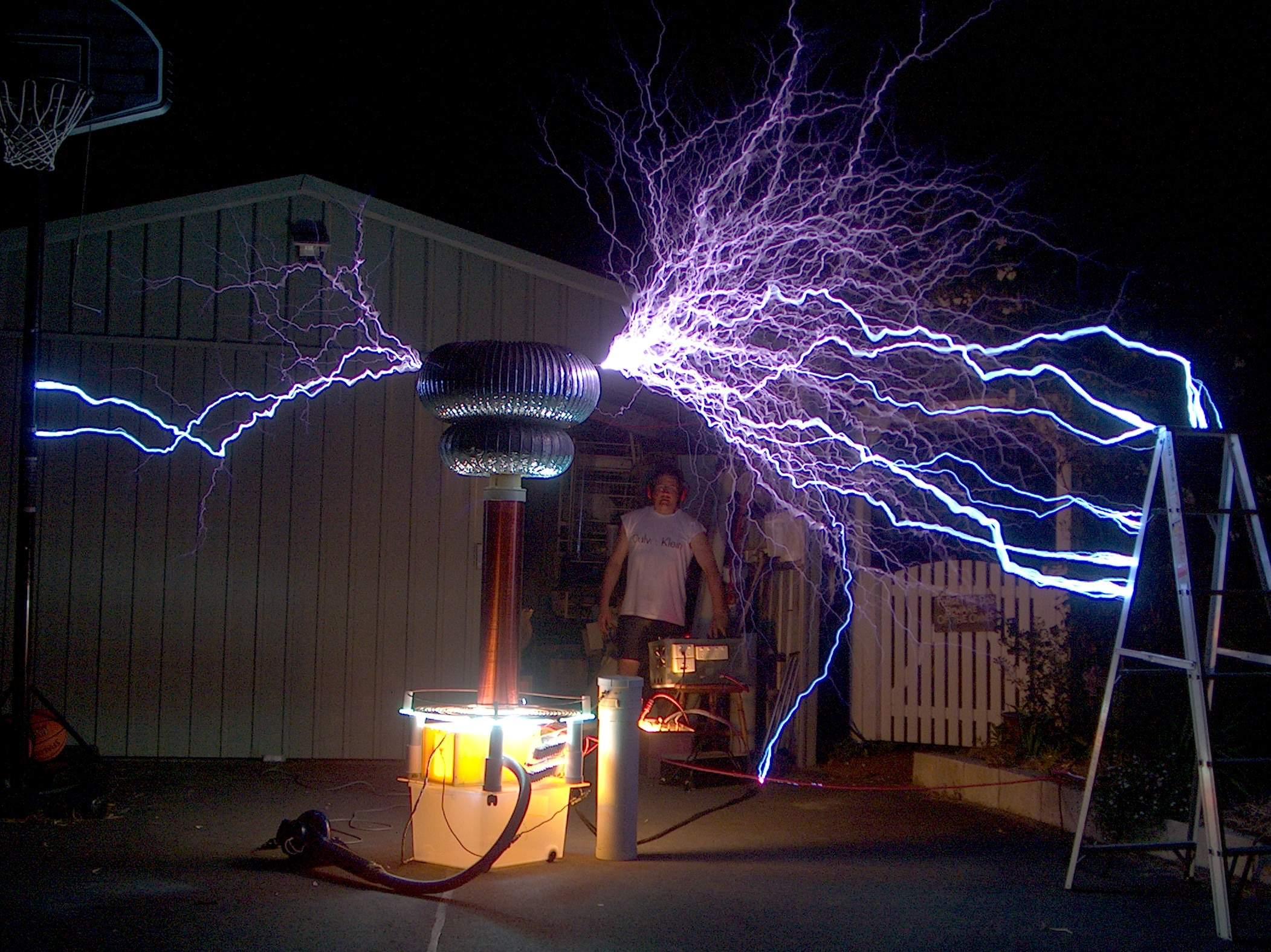 Increibles imagenes efecto Tesla en grande