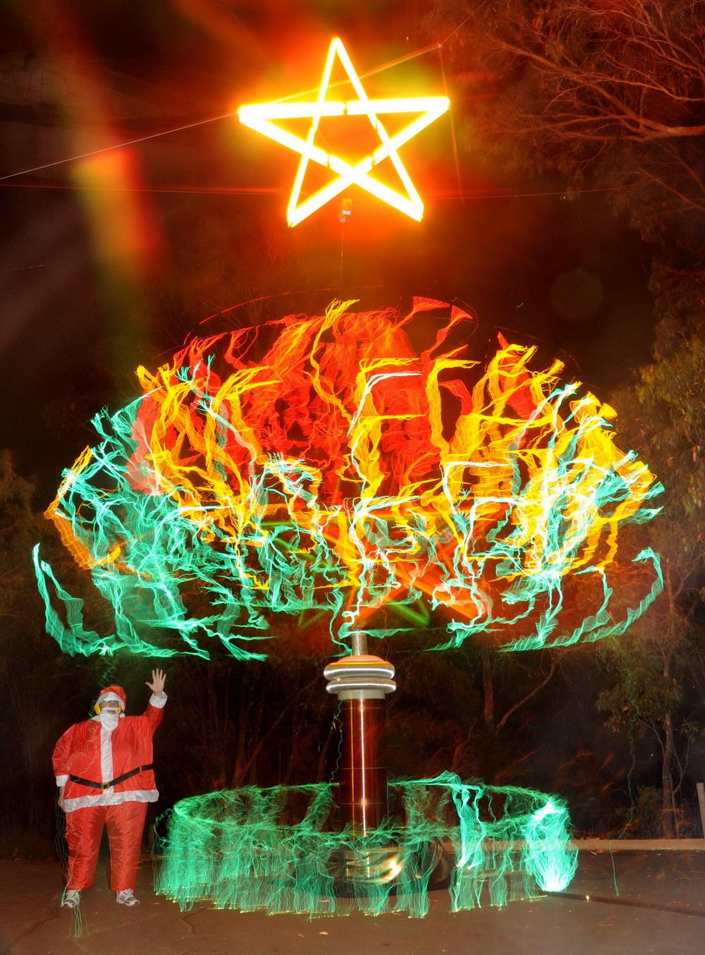 Tesla Xmas tree 2009